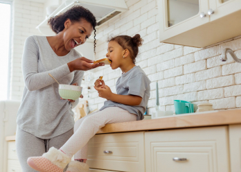 Dental minerals, fluoride and vitamin supplements for healthy teeth